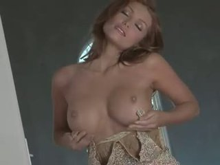 Horny nympho Heather Vandeven pops out hotse sweet titties for everyones desire