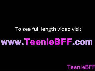Horký teens sát a souložit video volný online