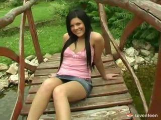 น่ารัก วัยรุ่น นางฟ้า banged onto footbridge