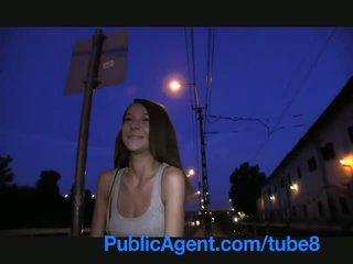 Publicagent smiley brun haired cutie gets paid til sex