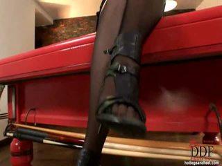 Sleaze morena anna polina demonstrating ¿cómo ella es capaz a chupar