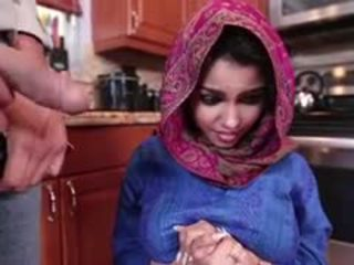 Ada një i eksituar arab adoleshent gets fucked dhe filled me spermë