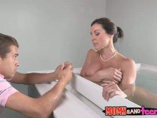 Masturbim infront i juaj nxehtë sexy mami
