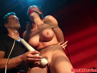 Roped squirter roughly pedepsit de maledom: gratis hd porno f4