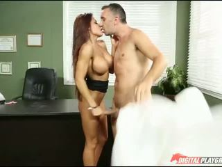 Oficina puta madison ivy corrida swallows