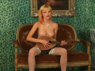 Blondinke virgin strips