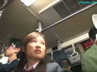 Ofis lady getting her saçly amjagaz fingered while standing on the awtobus