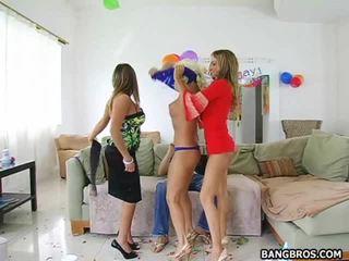 لطيف و marvelous الفتيات xxx أشرطة الفيديو إلى شاهد إلى حر