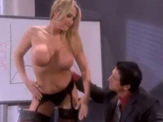 oralinis seksas, makšties lytis