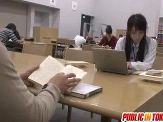 性感 日本语 学生 性交 在 该 课堂