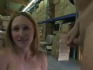 pissing, tôn sùng