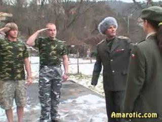 Vloga predvajanje 6: vojska seks