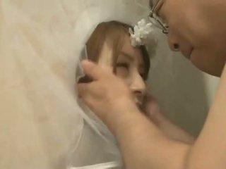 เพศไม่ยอมใครง่ายๆ, ญี่ปุ่น, pissing