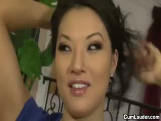 Asa akira 他媽的 後 tells 她的 臟 confessions