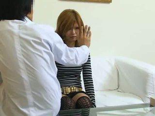 Hypnotizované japonské dievča fucked