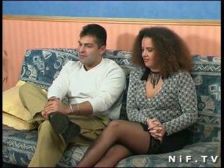 คนฝรั่งเศส สมัครเล่น คู่ doing ก้น เพศ ใน ด้านหน้า ของ เรา
