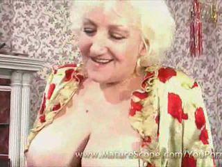 babička, velká prsa, punčochy