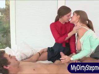 Грудаста зріла мама darla crane shares пеніс з maddy oreilly