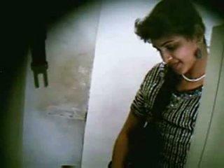 印度人 十几岁 一对 他妈的 secretly 在 net cafe 部分 3