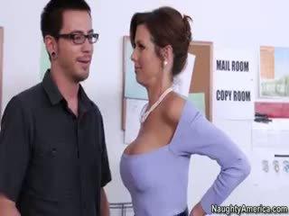 zeshkane i madh, i ri big boobs nominal, real blowjob