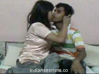 Indiškas lovers kietas seksas scandal į bendrabutis kambarys leaked
