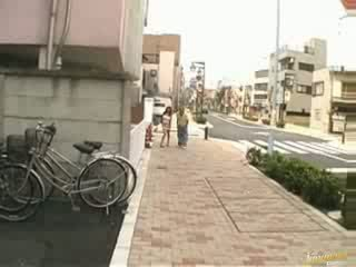 Japanese show her tits ass and pussy in public Video