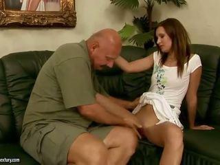 Pics av tonåren having hårdporr kön med äldre men