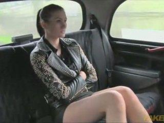 Yra ji tikrai a prostitutė į jūs