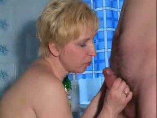 Matura caldi stimulating matura signora è giocare con se stessa