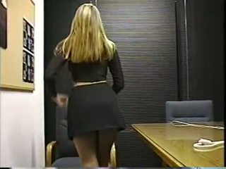 nice solo, office ideal, see blonde real