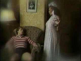 full vintage movie, classic scene, mom film