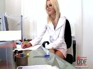Wiska doing हॉट ब्लोजॉब