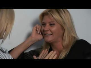 Nina, ginger & melissa - chaud milfs en lesbienne encounters