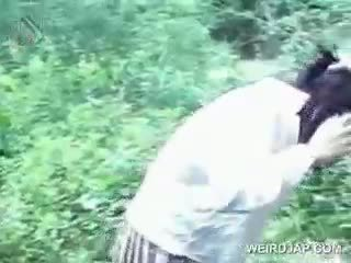 Asyano tinedyer turned pagtatalik prisoner eats titi sa knees