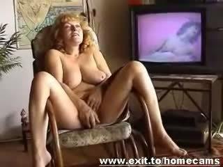 Frida 55 years z austria masturbates w