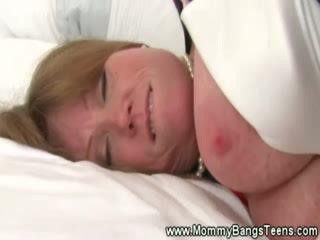Betje eje gets pussysucked by jatty jatty