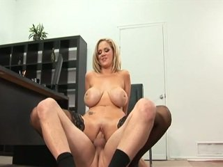 Katie Kox Playgirl Hottie Acquire Laid In The Office