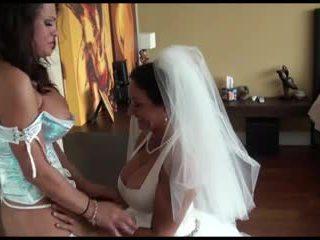 Pm - lesbisch bruid en bridesmaid door kr