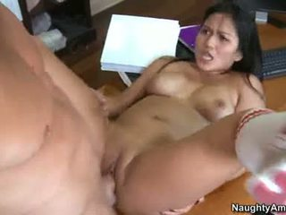 Bald Babe Lana VIolet Is Getting Pounded On Her Sugary Fascinating Pussy