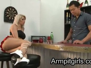 Kainalo licking 17
