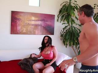 Berpayu dara besar sophie dee bermula ini hari dengan menakjubkan seks / persetubuhan tindakan.