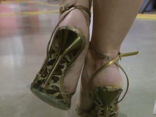 sunporno pieds des femmes mures