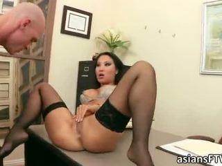 Sexy asa akira anaal en facial