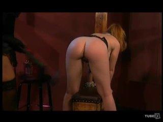 Dru berrymores bondage desires - cena 4