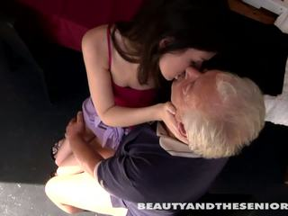 Tinedyer cutie gets fucked by senior bruce