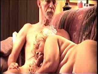 Darla и dave в горещ секс видео
