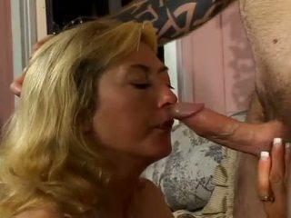 Porner premium: stiff giovane boner bashing enorme tette birichina milf
