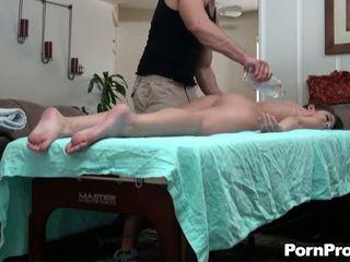 Hieronta session kanssa seksikäs vauva