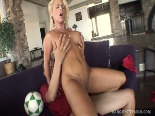 Amazing Milf Takes Her Old Clam Shaged