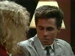 Tracey adams משפטי tender